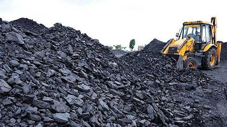 कोळशाच्या कमतरतेमुळे देशावर वीज संकट? जाणून घ्या केंद्र सरकार काय म्हणतंय...