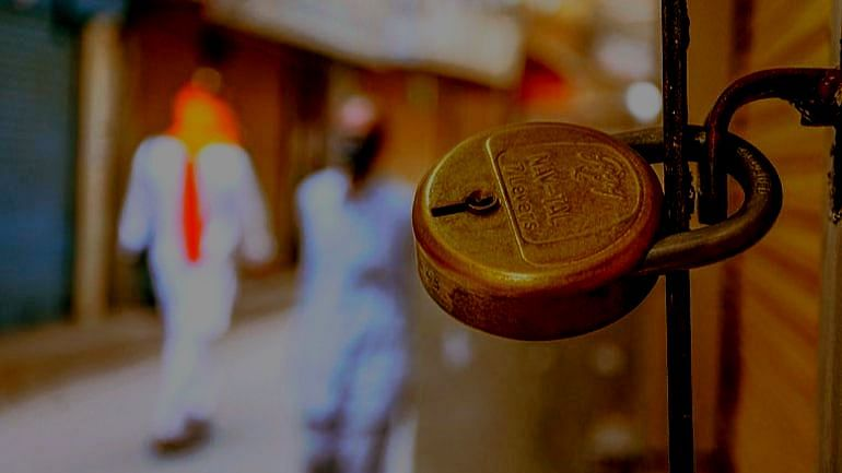 Maharashtra Bandh : आज 'महाराष्ट्र बंद'! काय सुरु आणि काय असणार बंद?