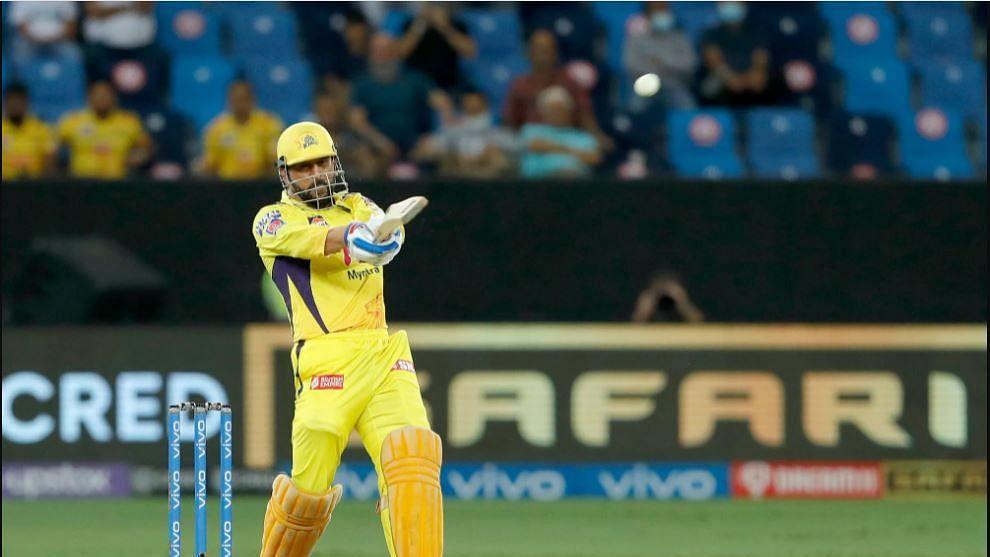 IPL 2021 : CSK थाटात अंतिम फेरीत दाखल, रंगतदार सामन्यात दिल्लीवर मात