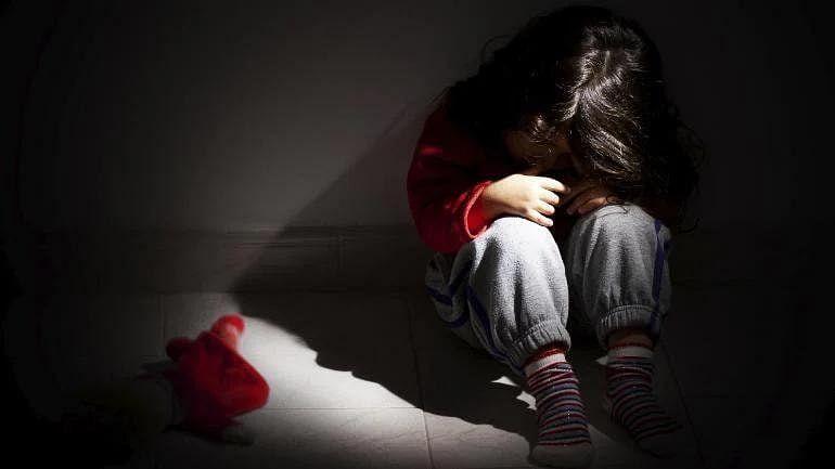 फ्रान्सच्या चर्चमध्ये 3 लाखांहून अधिक मुलांचं लैंगिक शोषण, अहवालातून धक्कादायक माहिती समोर