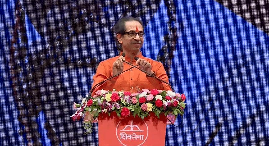 Shiv Sena dussehra Melava: दसरा मेळाव्यात मुख्यमंत्री उद्धव ठाकरेंची तुफान फटकेबाजी, पाहा महत्त्वाचे मुद्दे