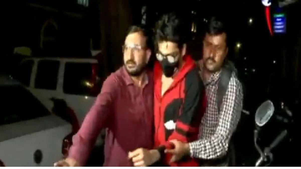Rave Party : शाहरुख खानचा मुलगा आर्यनची 'एनसीबी'कडून चौकशी; 8 जणांना अटक