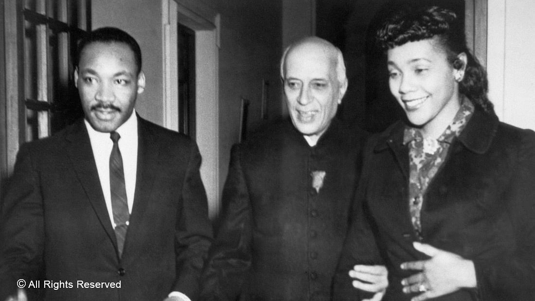 SHARING A DREAM—Prime Minister Jawaharlal Nehru (centre) is flanked by his guests, American civil rights leader Dr Martin Luther King Jr and wife Coretta Scott King, who were visiting India at the invitation of the Gandhi Peace Foundation in 1959.