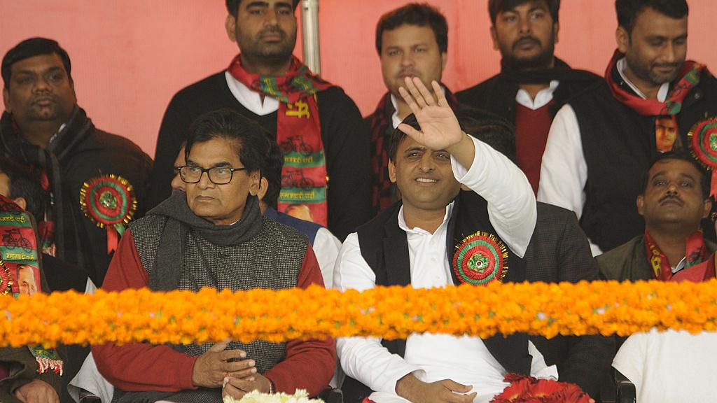 Uttar Pradesh elections: Mulayam and Akhilesh have 'Plan B' ready