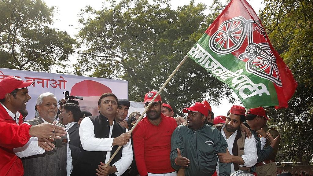 EC decides Akhilesh Yadav gets Samajwadi Party name, cycle symbol