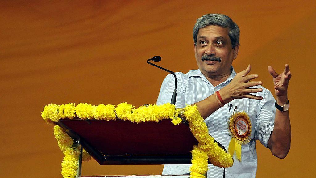 Election Commission calls Manohar Parrikar's bluff