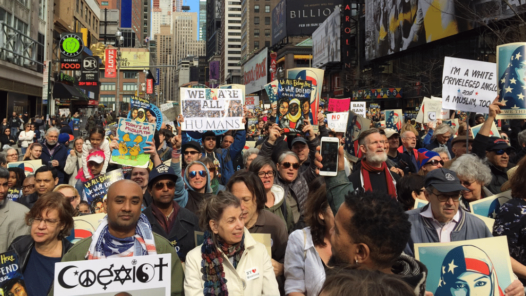 Thousands declare 'I am Muslim too' at solidarity rally in NYC