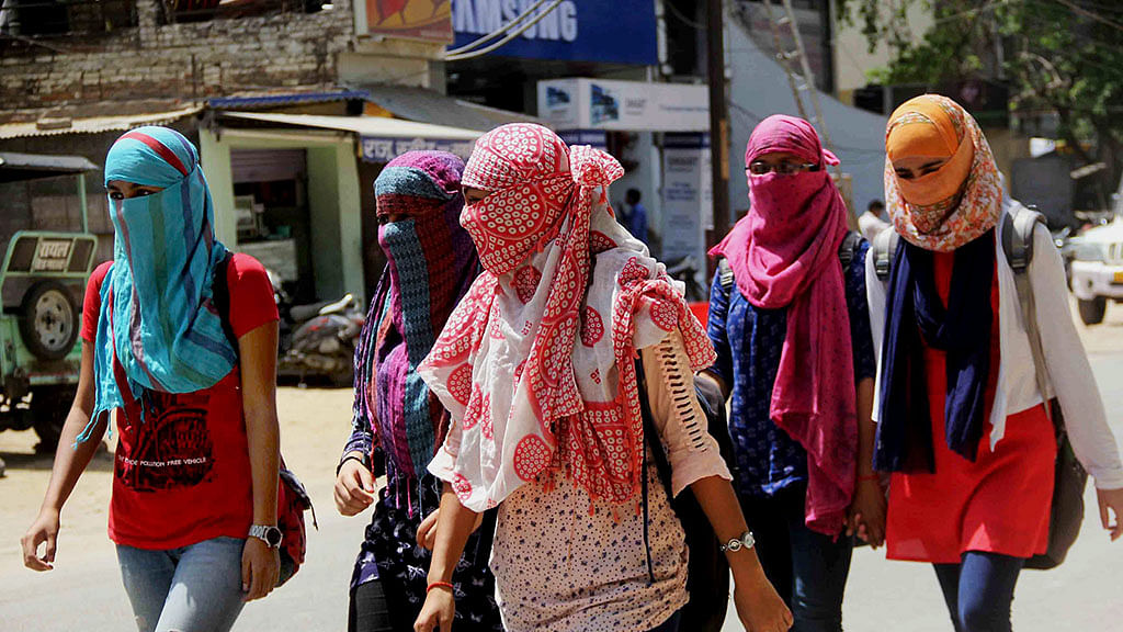 5 dead, heat wave warning issued in Maharashtra