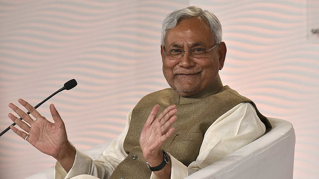 Nitish Kumar asks Congress, Left to take lead on grand alliance