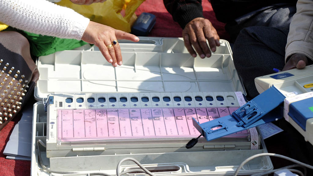EC firm on EVMs, says chips are sealed