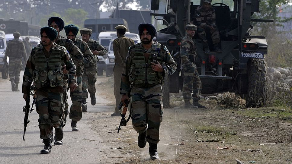 Indian Army in Kashmir: from WHAM to LHAM