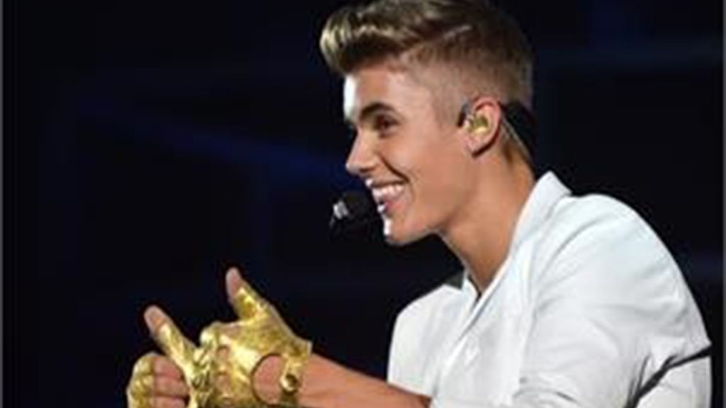 Entertainment: Bieber is finally here!