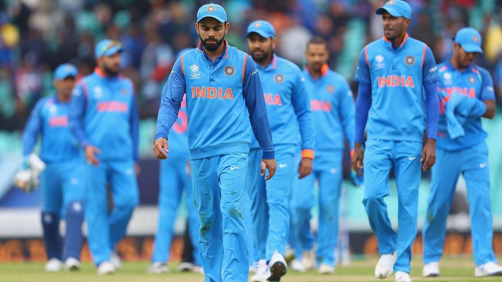 A defensive Kohli lets India down against Sri Lanka