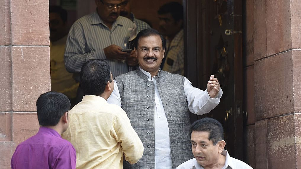 Mahesh Sharma instigates BJP workers to deal with  activists
