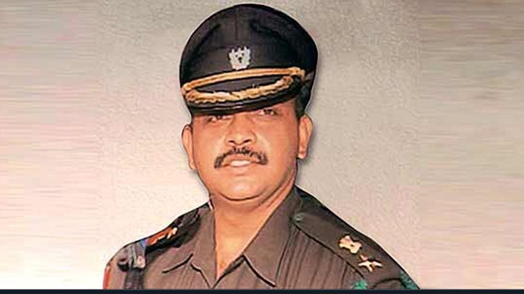 Malegaon case: SC grants bail to Lt Col Shrikant Purohit