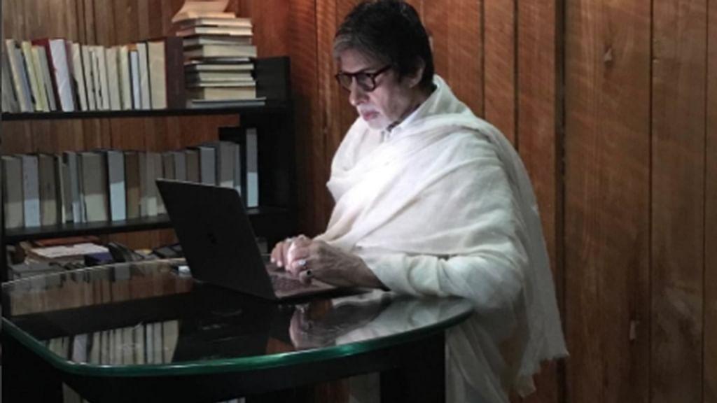 Entertainment: Big B sends handwritten note to Rajukummar Rao