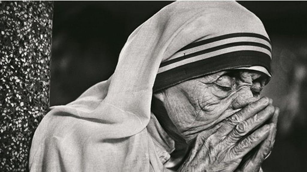 When Raghu Rai convinced Mother Teresa of taking prayer pics!