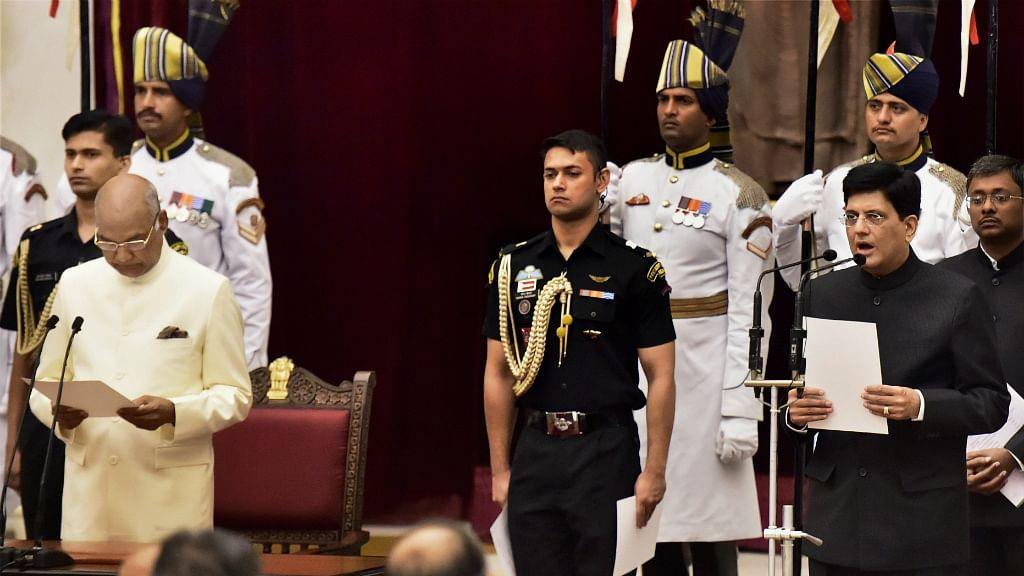 Four retired 'Babus' join ministry, Piyush Goel gets Railways