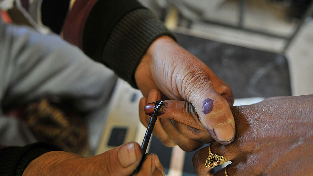 Two phase Gujarat Assembly polls on Dec 9, 14