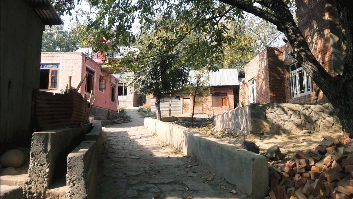 'Cashless' village goes back to cash