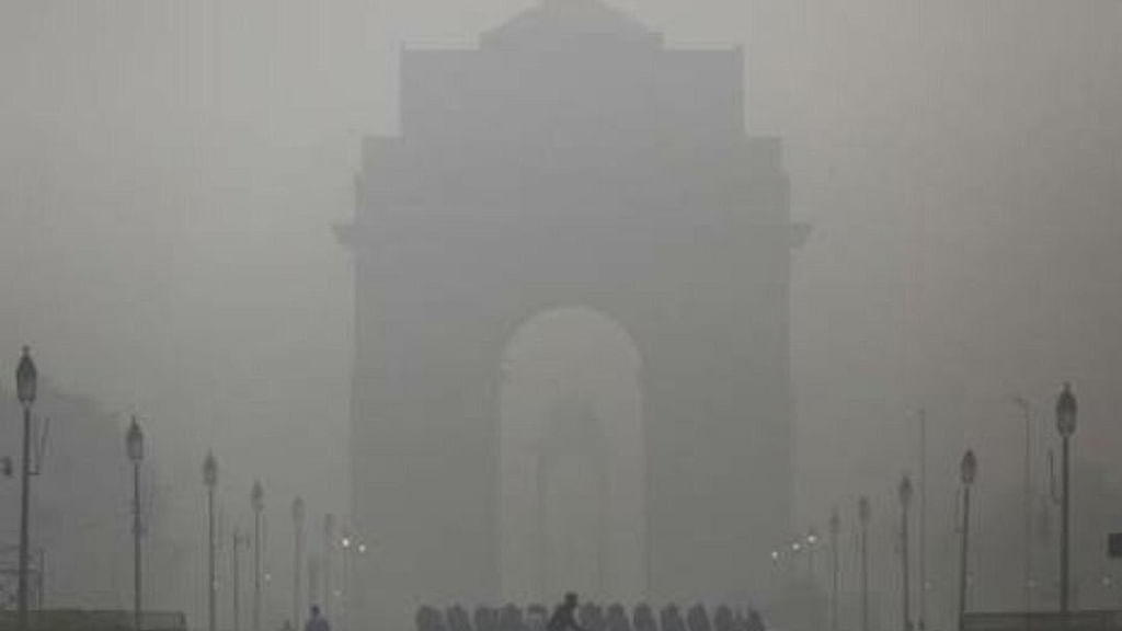 No improvement in air quality, Delhi still faces emergency situation