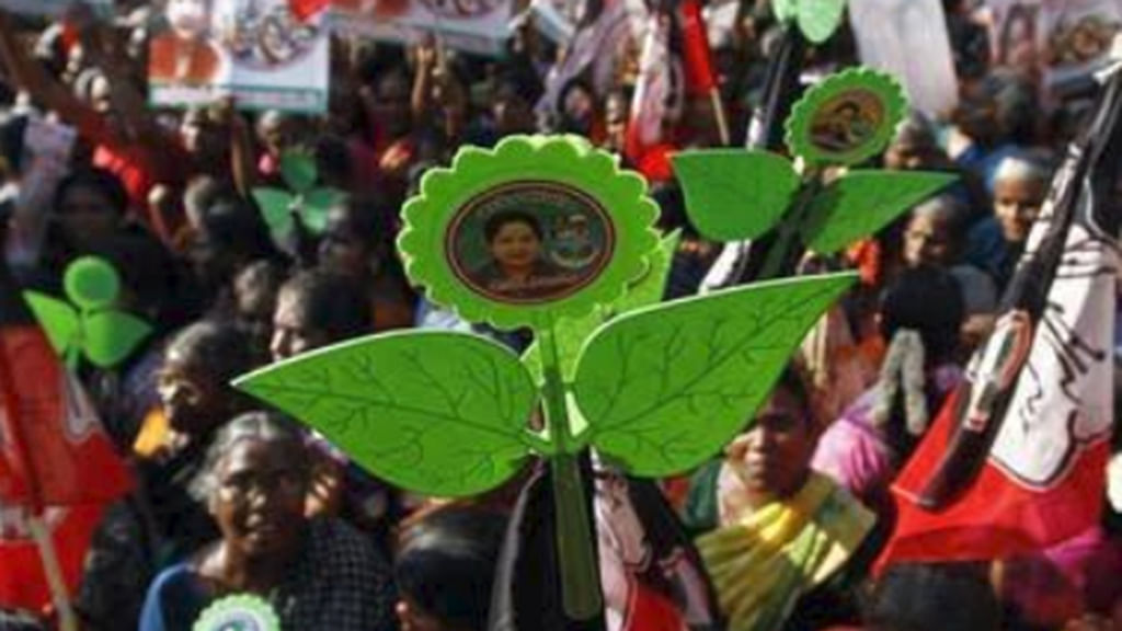 Blow to Sasikala, ruling AIADMK gets 'two leaves' symbol