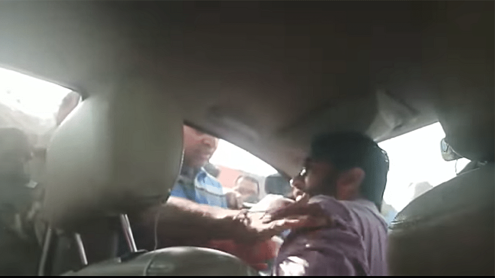 Video shows Jignesh Mevani pulled out of car allegedly by Gujarat Police