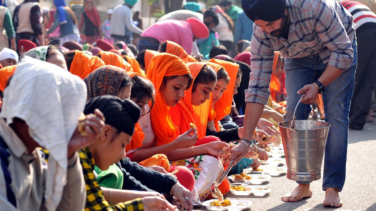 Gurdwaras feel the GST pinch in serving free langars