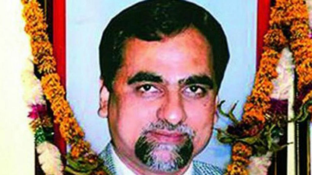 Maharashtra to pay lawyer ₹1.21 crore legal fees in Judge Loya case: RTI reply