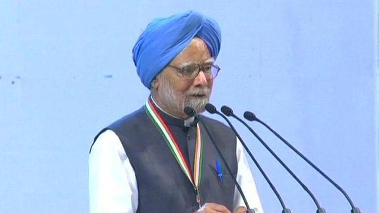 Congress Plenary 2018: Manmohan Singh says Modi government messed up  economy, J&K situation