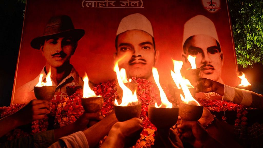 Hindutva gang's hatred for martyrs Bhagat Singh, Rajguru and Sukhdev