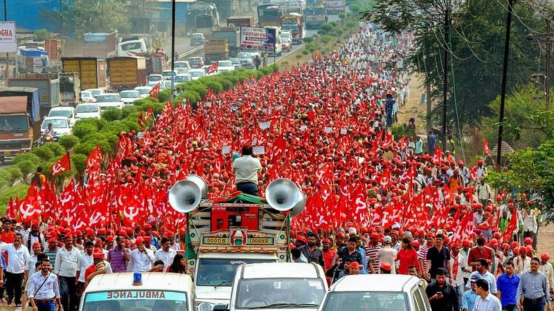 Maharashtra farmers converge in Mumbai for protest