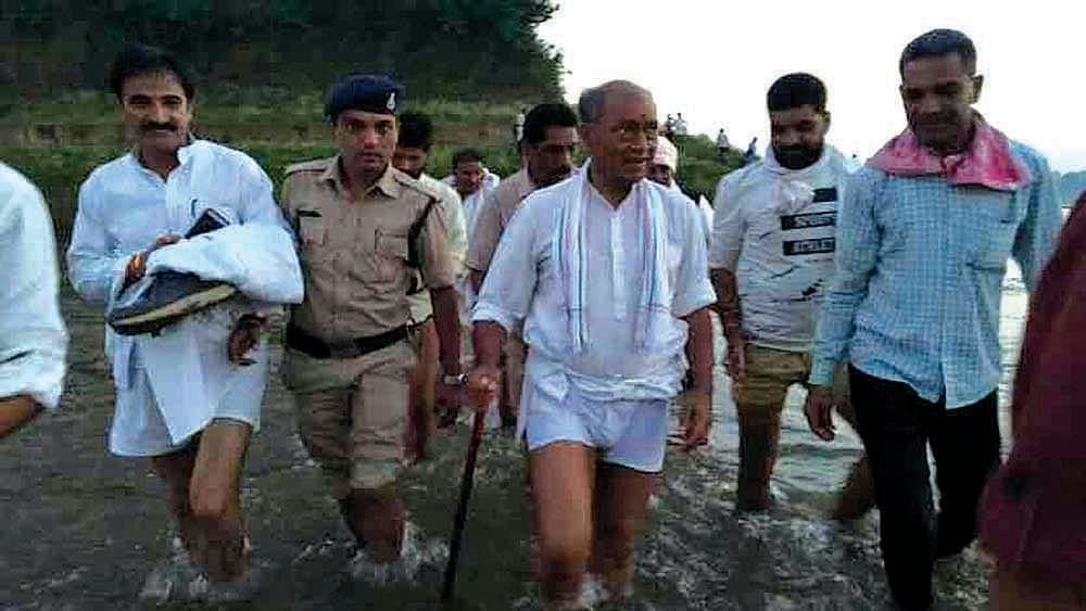 Digvijay Singh's yatra: A pilgrim's progress in Madhya Pradesh