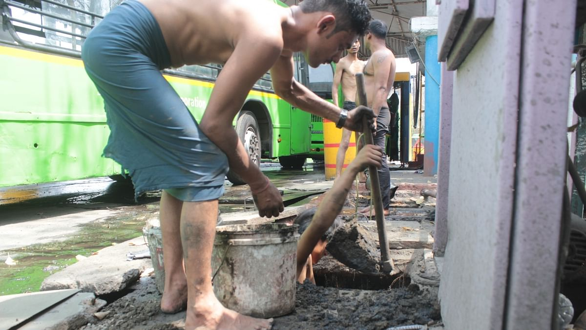 Seven months on, Delhi govt fails to end manual scavenging
