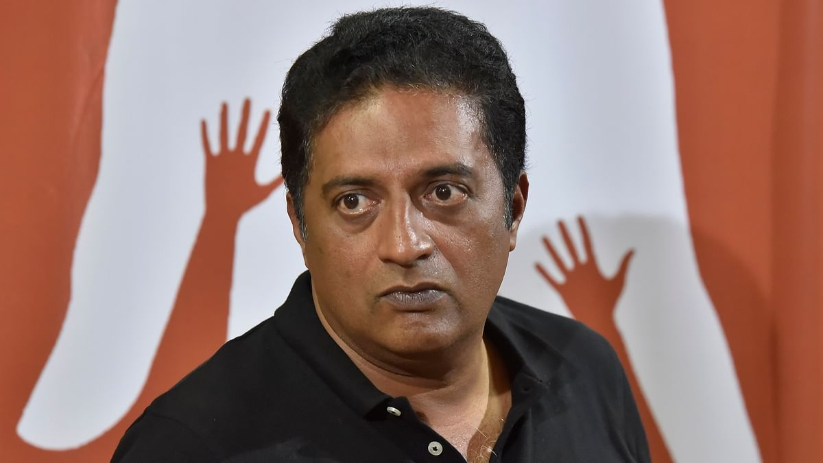Actor Prakash Raj predicts 120 seats for Congress in Karnataka