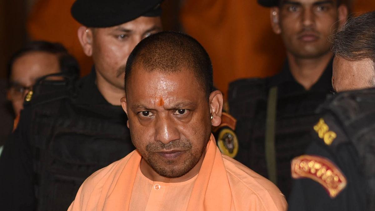 Criminals beat up police in Yogi Adityanath's Encounter Pradesh