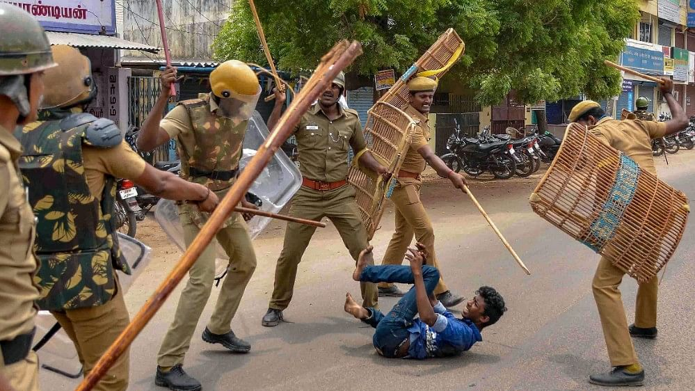Thoothukudi under siege after another death in Sterlite protest
