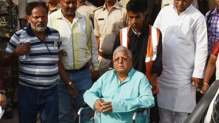 Lalu Yadav admitted to Patna hospital