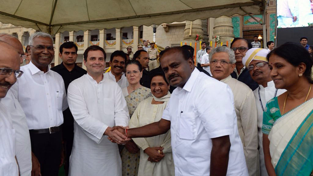 Karnataka Live Updates: HD Kumaraswamy sworn in as Karnataka CM