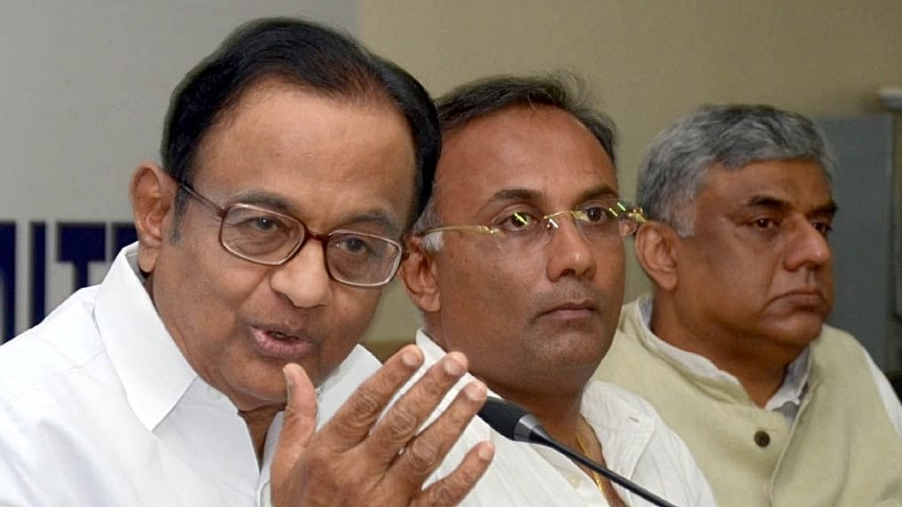 Chidambaram says petrol price can be cut by as much as ₹25 per litre