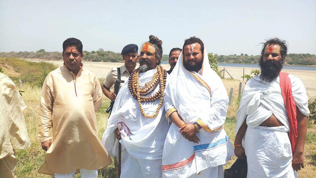 The 'sadhu' road to power in Madhya Pradesh