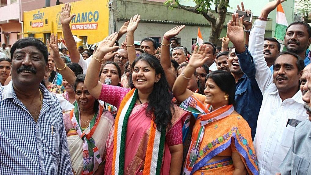 Karnataka: Congress-JD(S) alliance passes first poll test in Jayanagar