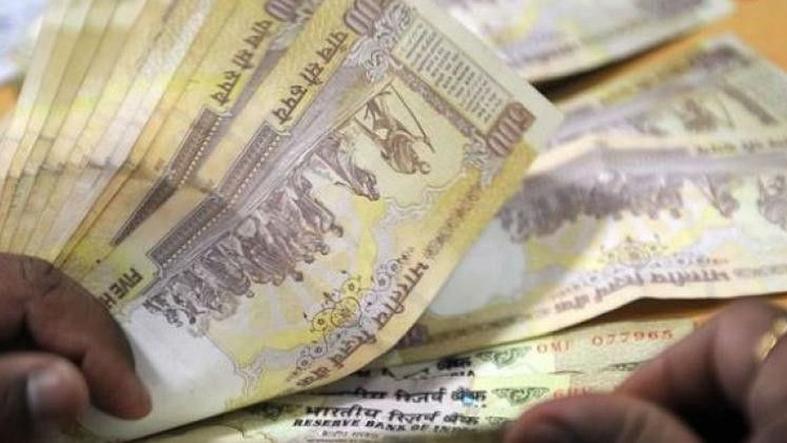 NABARD figures misleading: Gujarat DCCBs collected highest average banned notes