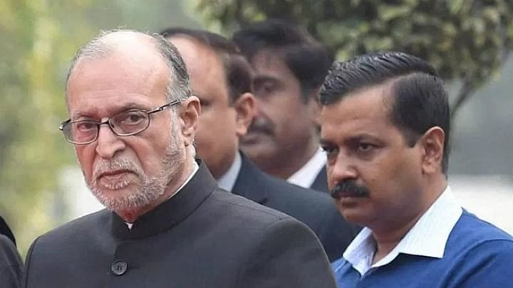 Despite SC's order, Delhi officials refuse to cede power to AAP govt