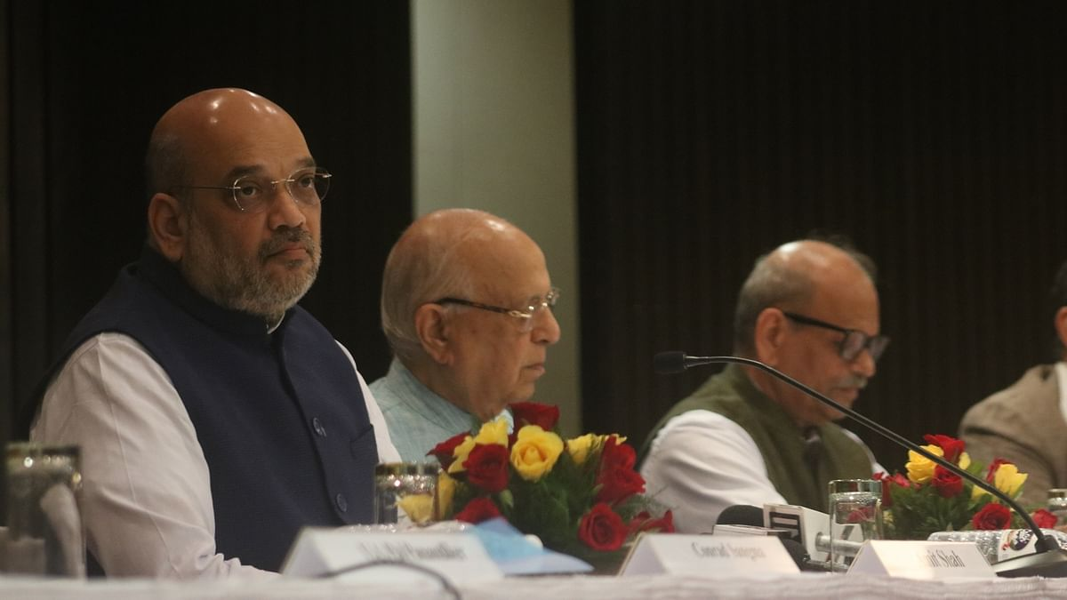 Questions over DeMo, Amit Shah bank go missing from Rajya Sabha website