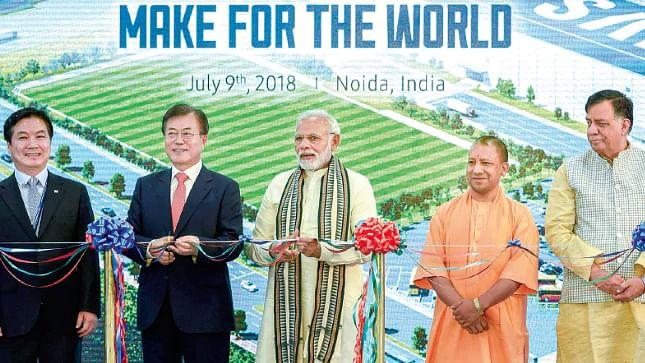 Murli Manohar Joshi finds 'world's biggest mobile factory' in Noida no big deal