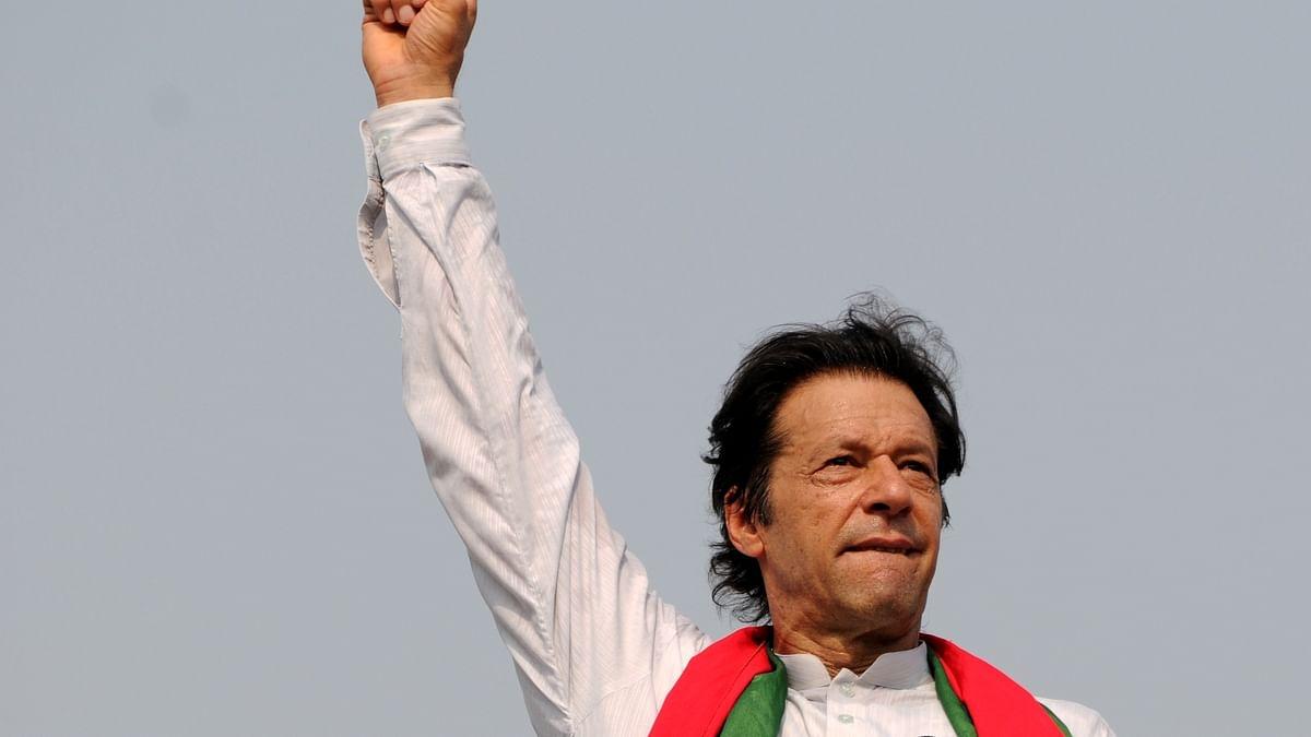 Imran Khan sworn in as Pakistan's new prime minister