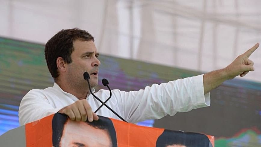 Rahul alleges journos being threatened, told not to report on Rafale deal