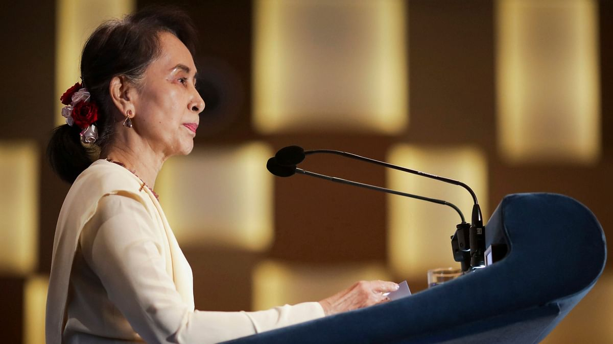 Amnesty International strips Aung San Suu Kyi of highest honour