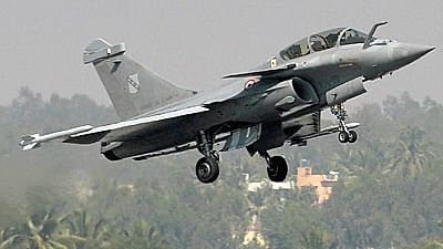 Cong rejects Jaitley's contention on Rafale, says FM unaware of def procurement policy provisions